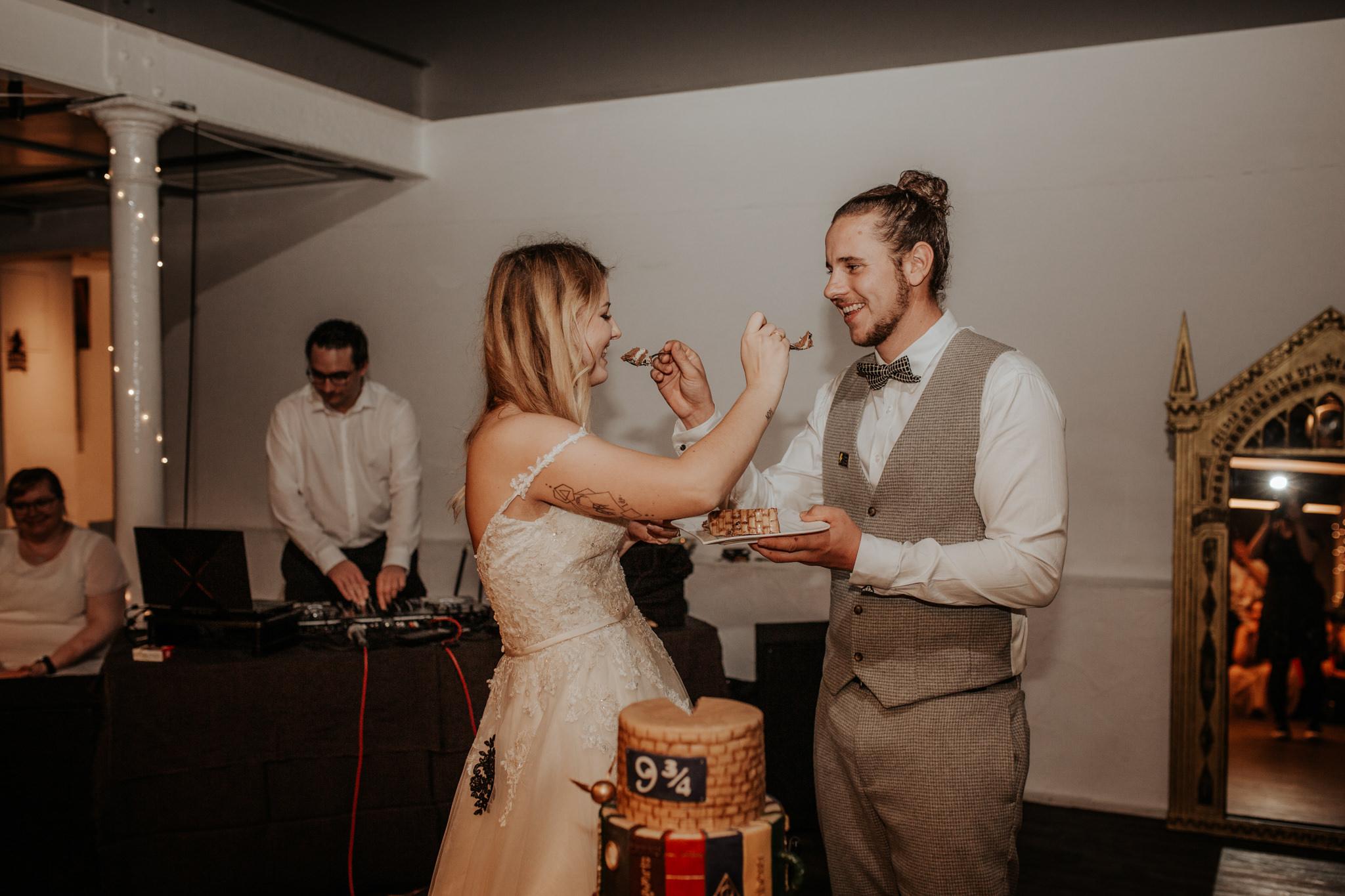 Hochzeitjasminundsven Farbe 403
