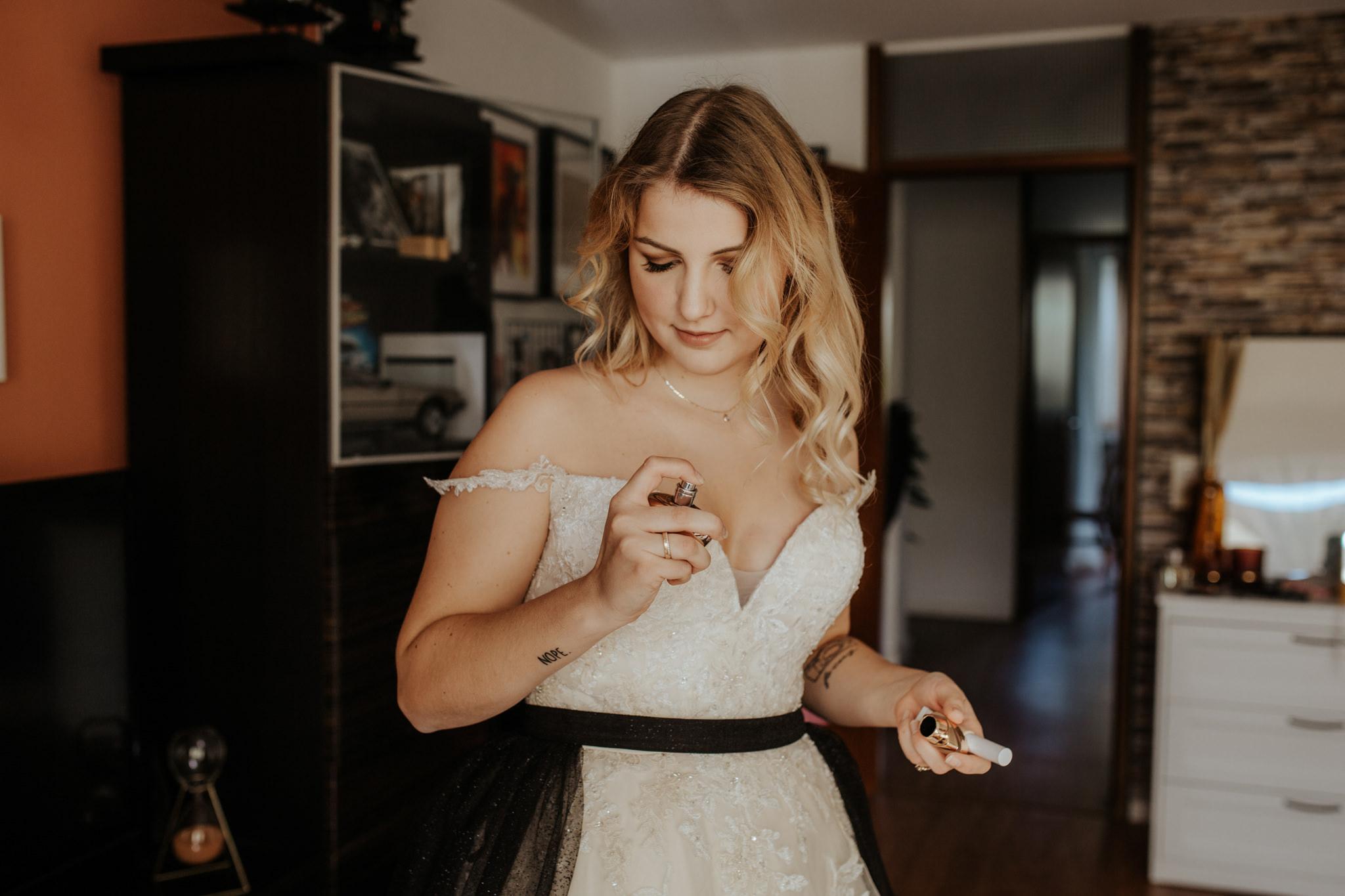 Hochzeitjasminundsven Farbe 46